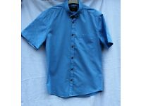 Burton boys short sleeved shirt chest 89-96cm