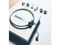 "PANDORA bangle (snowflake heart) - ""You melt my heart"" + Safety chain"