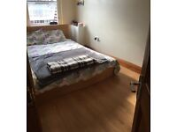 Nice room for rent in West Kensington (Olympia)