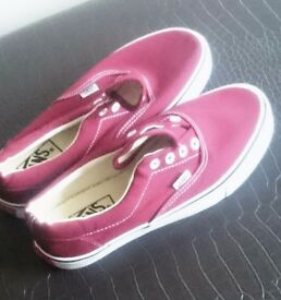 Burgandy size 6 canvas Vans Off The Wall