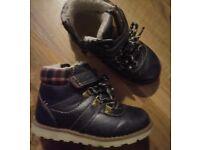 Boys Blue Winter Boots Size 7 Infant