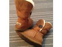 UGG winter boots size 5.5 UK 38 EU