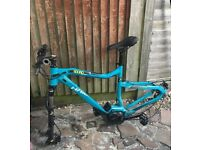 Sduro haid hard ninesl bike frame the bike does not have a battery Has few small dents but is good