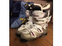 Salomon ski boots - size 24.0 (UK5)