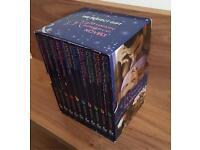 Mills & Boon Romantic Novel Set