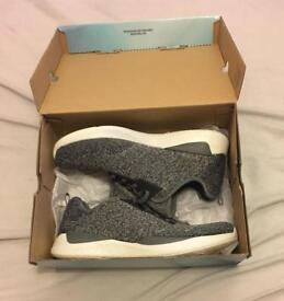 Sketchers Matrixx: Grey [Memory Foam]