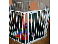 Mothercare Baby Play Pen/ Room Divider with padded Playmat. Very good clean condition.