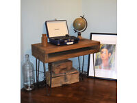 Short Industrial Console Table Mid Century Modern Style hairpin Table 75x44cm
