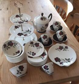 SOLD 34pc ROYAL ALBERT 'MASQUERADE' TEA SET (c1945)