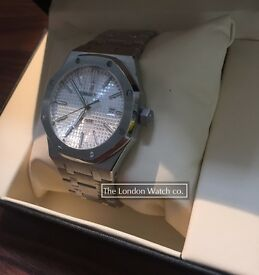 Audemars Piguet Royal Oak Swiss ETA, White Dial, 41mm, Sapphire glass +++++