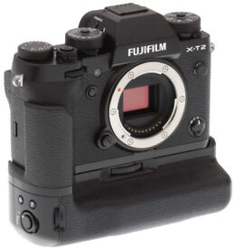 *** Fujifilm X-T2 Body (As New) (Boxed) Black Camera incl. Vertical Booster Grip & 3 Batteries ***