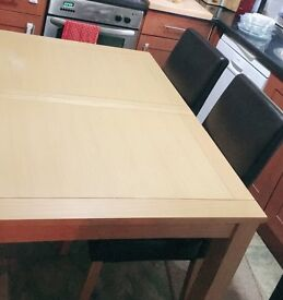 Dining table & 4 chair (Oak)