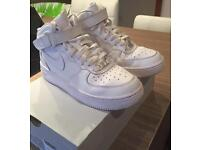 Nike Air Force 1 Mid Trainers