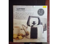 BRAND NEW Lloytron Traditional Corded Kettle, Polished Steel, 2.0 Litre £10
