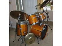 Full Drum Kit, professional standard 5 piece set with cymbals and all hardware