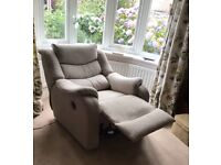 Parker Knoll Denver , electric recliner armchair. Very good ,clean condition