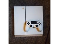 Playstation 4 500GB White Console + Lots of Games (GTA, FIFA 18, more)