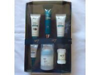 NEW No 7 The Perfect Gift Set With Full Size Advanced Protect And Perfect Serum
