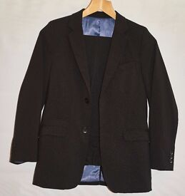 Boy's Formal Suit (Age 10-12 years)