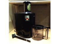 Braun J300 Juicer Very Good Condition Black