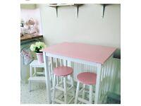 **stunning breakfast bar and stool**
