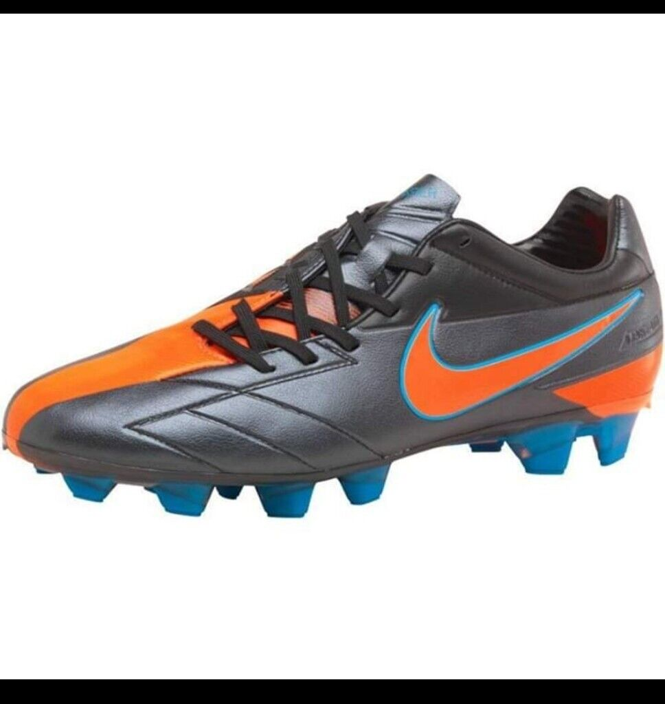 the best attitude 9b979 c86bf Nike football boots size 5 4 sale