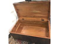 Contemporary wood and Leather Trunk 90 x 50 x 37cm Furniture