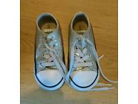 Kids Converse trainers size 8