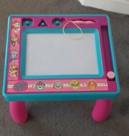 Paw patrol sketch table and puzzle
