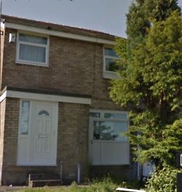 TO LET 3 BEDROOM HOUSE IN AUDLEY RANGE/ACCRINGTON RD INTACK AREA (BLACKBURN) £500 PCM -AVAILABLE NOW