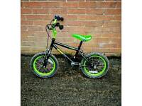 Kids Apollo Bike (Stabilisers Included)