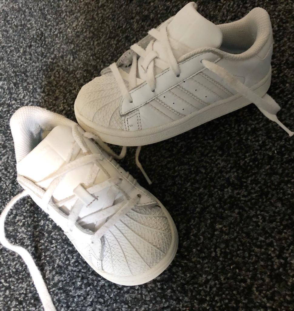 kids adidas superstars size uk9 childrens