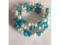 Bracelet in turquoise and pearl