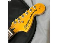 Squier Stratocaster - upgraded - like new condition