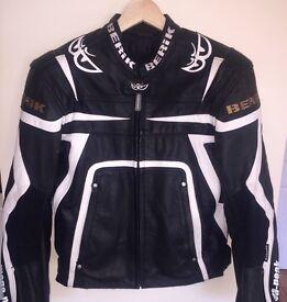 Berik leather motorbike jacket size 42 (small)