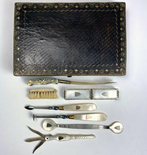 RARE Antique c.1750-90 French Palais Royal Dental Hygiene Travel Necessaire, 18k