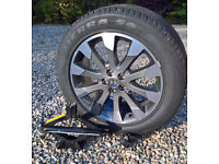 Land Rover Freelander 2 diamond cut alloy wheel, tyre, jack and mounting bolt