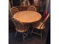 Solid wood pedestal table & 4 chairs, excellent condition