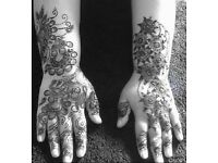 Experienced Bridal Henna / Mehndhi Artist Fully Certified by 'Ash Kumar' Now Available For Bookings