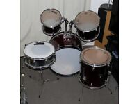 Diamond acoustic drum kit 2x rack 1x floor toms snare bass drum snare stand shell pack burgundy red