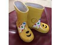 Unisex Infants welly boots size 5