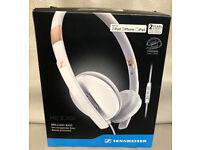 HEADPHONES-STEREO-APPLE-WHITE-HD-2-30I-WHITE or BLACK-NEW-SEALED