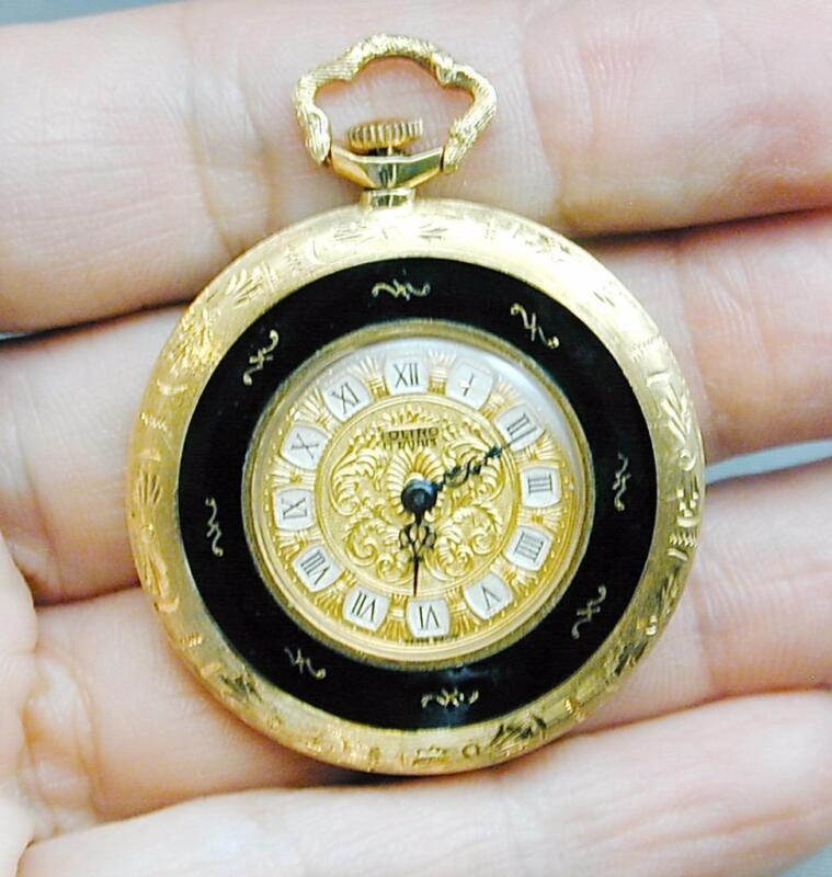 Vintage 18k Gold Black Enamel Toliro Pendant Watch Italy 17 Jewels