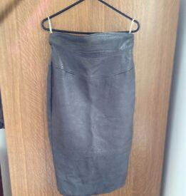 Leather skirt (Jean claude de luca Paris)