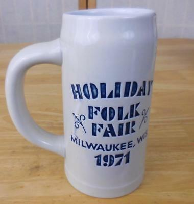 Milwaukee Holiday Folk Fair Beer Stein: 1971 - Danish Costumes](Costumes Milwaukee)