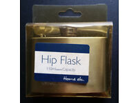 Stylish and modern stainless steel hip flask with screw lid. 110ml/4oz