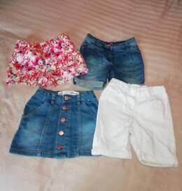 Girls clothing bundle age 5/6. 34 items