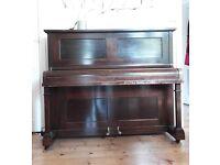 Free Vintage Art Deco Upright Piano