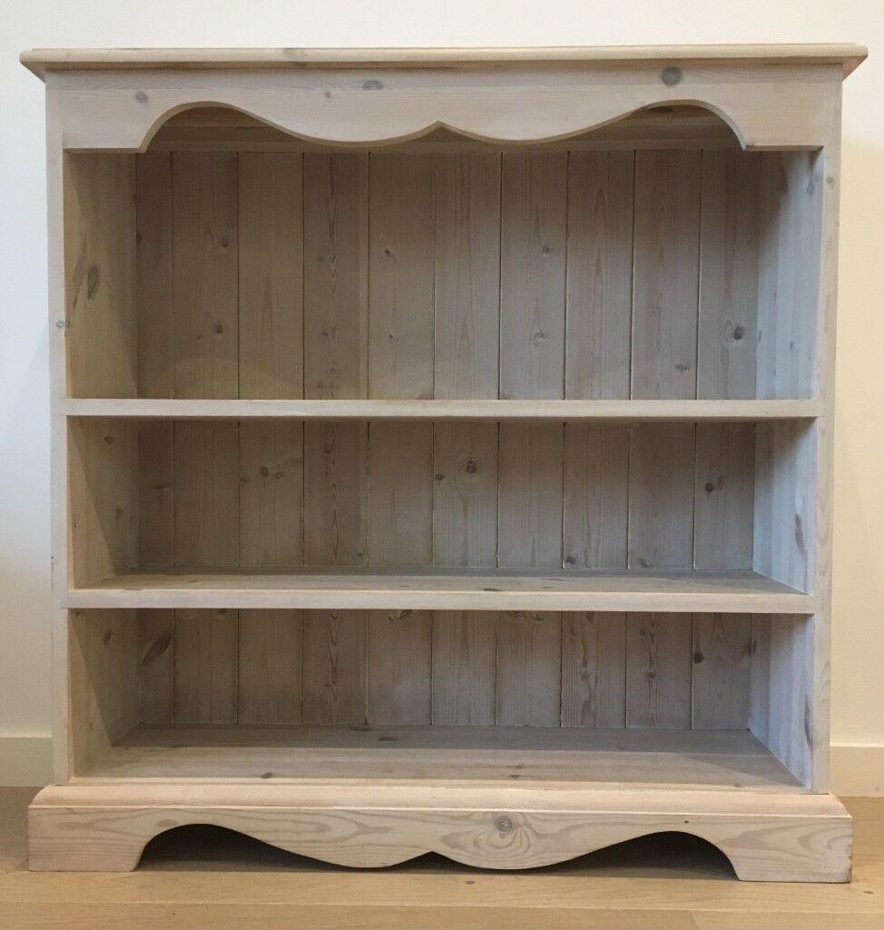 Beautiful Distressed Pine Bookshelf 96 X 92 28 Great Condition