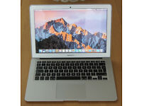 Apple MacBook Air A1466 13.3 - 2015- Core i7 - 8GB RAM - 250GB – HD Graphics
